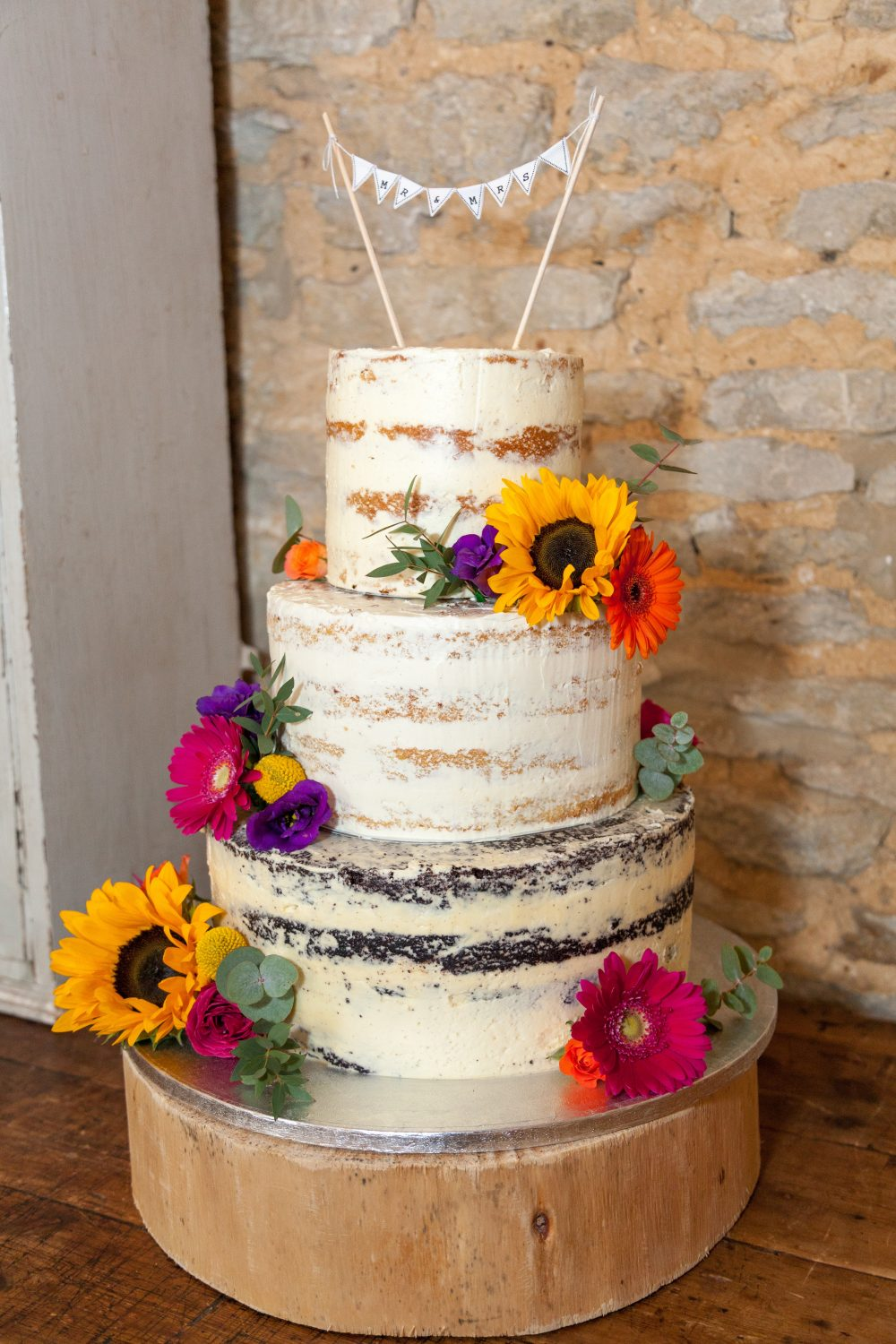 Claire and Stuart's Wedding Cake with Sunflowers