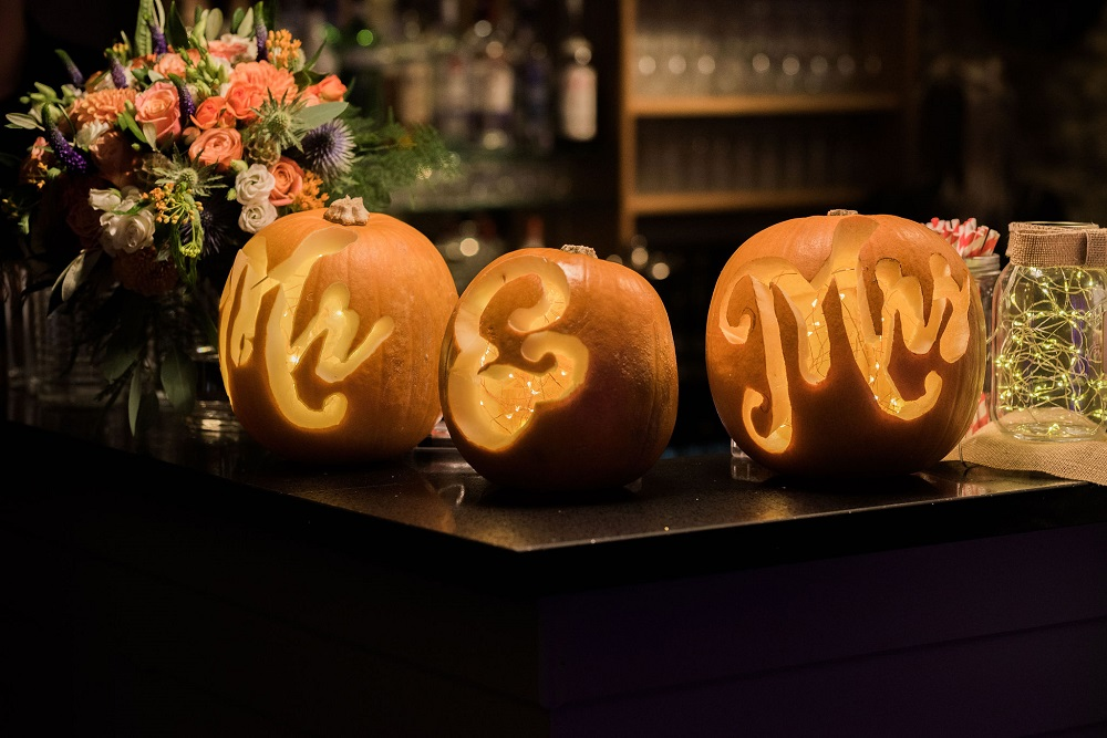 Mr and Mrs Pumpkins